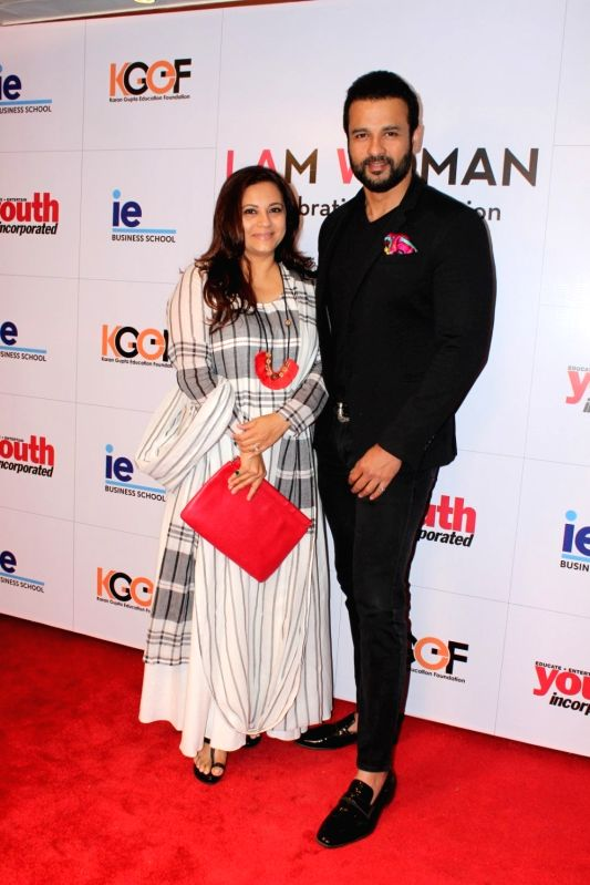 "Actor Rohit Roy during the ""I Am Woman Awards 2017"",  in Mumbai on April 27, 2017. - Rohit Roy"