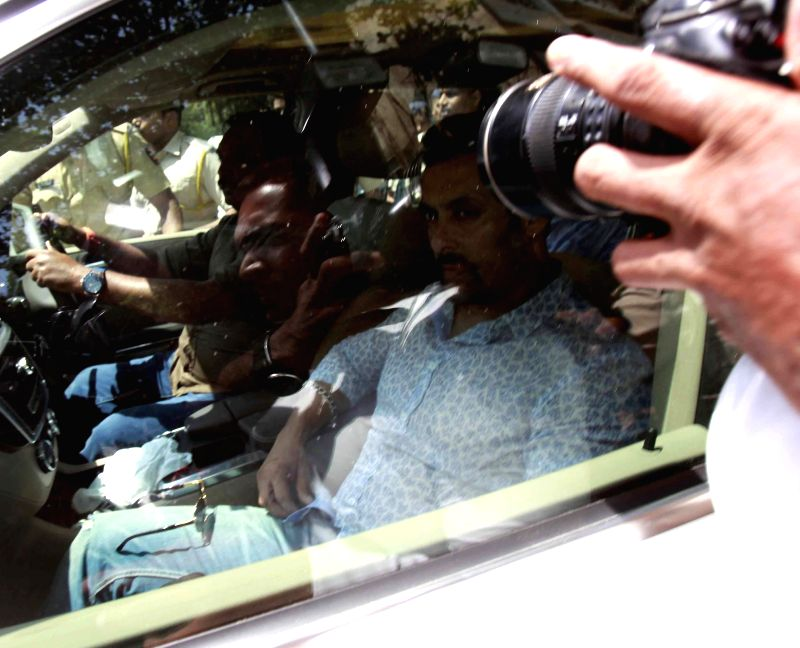 Actor Salman Khan arrives to appear before a sessions court in relation to his involvement in 2002 hit-and-run case in Mumbai on May 6, 2014.