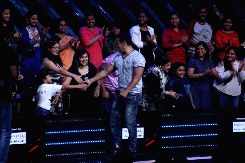 Actor Salman Khan during the promotion of film Tubelight on the sets of Star Plus TV show Nach Baliye Season 8 in Mumbai, on June 7, 2017. - Salman Khan