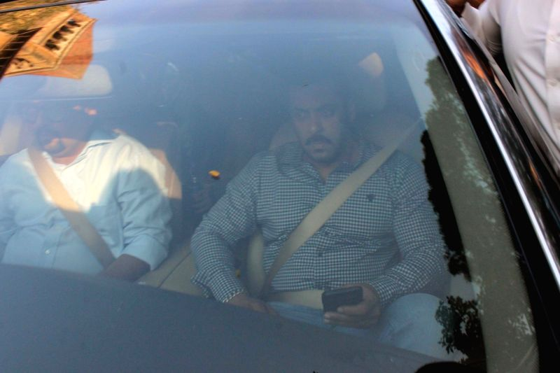 Actor Salman Khan leaves Bombay High Court after being acquitted of all charges in the September 28, 2002, accident case in Mumbai, on Dec 10, 2015.