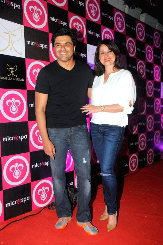 Actor Sameer Soni and Neelam during the launch of Microspa, a hair and scalp care treatment spa in Mumbai, on May 7, 2014. - Sameer Soni