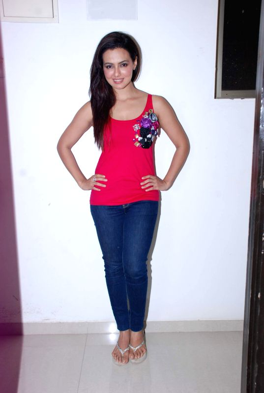 Actor Sana Khan during Mansi Pritam`s birthday bash, in Mumbai, on August 13, 2014. - Sana Khan