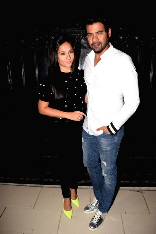 "Actor Shabbir Ahluwalia along with his wife Kanchi Kaul at the producer Ekta Kapoor's party post web series ""The Test case"" screening in Mumbai on Jan 29, 2018. - Shabbir Ahluwalia and Ekta Kapoor"
