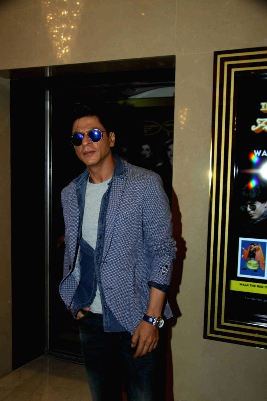 Actor Shah Rukh Khan during the Sneak Preview of film Dilwale in Mumbai on Dec 11, 2015. - Shah Rukh Khan