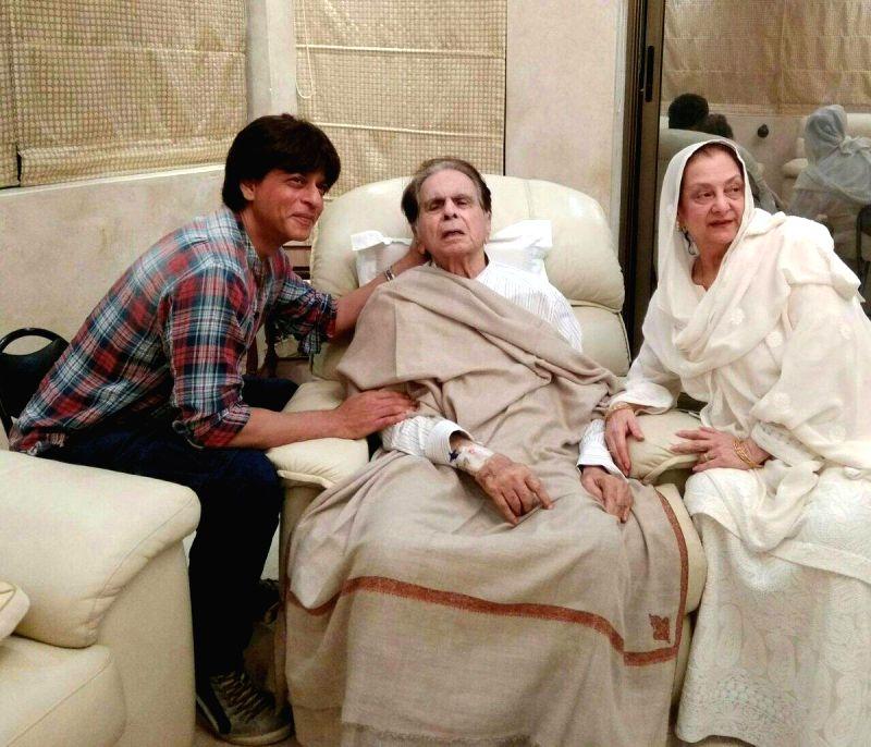 Actor Shah Rukh Khan meets Dilip Kumar with wife Saira Banu at his residence in Mumbai on Aug 15, 2017.