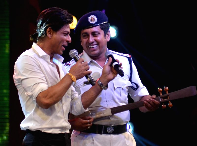 Actor Shahrukh Khan during a program in Kolkata on Aug 9, 2014.