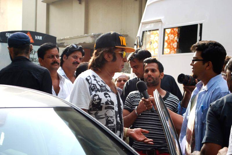 Actor Shakti Kapoor as Eunuch in his upcoming film Rakht Daar in Mumbai, on June 27, 2014.