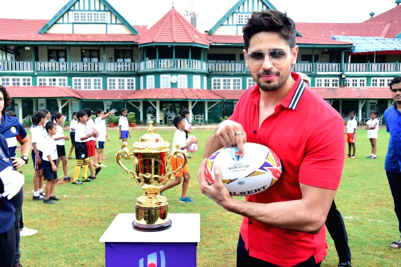 Actor Sidharth Malhotra at the Rugby world cup tour in Mumbai on Aug 8, 2018. - Sidharth Malhotra