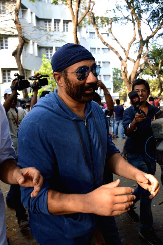 Actor Sunny Deol after casting his vote at a polling booth during the sixth phase of 2014 Lok Sabha Polls in Mumbai on April 24, 2014. - Sunny Deol