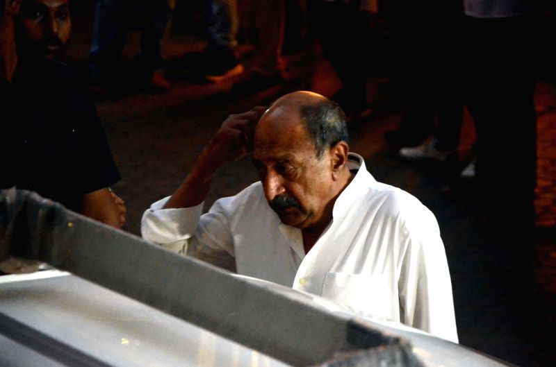 Actor Tinnu Anand arrives to attend Late actor Shashi Kapoor's condolence meeting in Mumbai on Dec 7, 2017. - Tinnu Anand and Shashi Kapoor