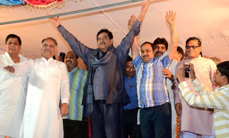 Actor turned politician Shatrughan Sinha during a rally in Daliganj of Lucknow on April 22, 2014.