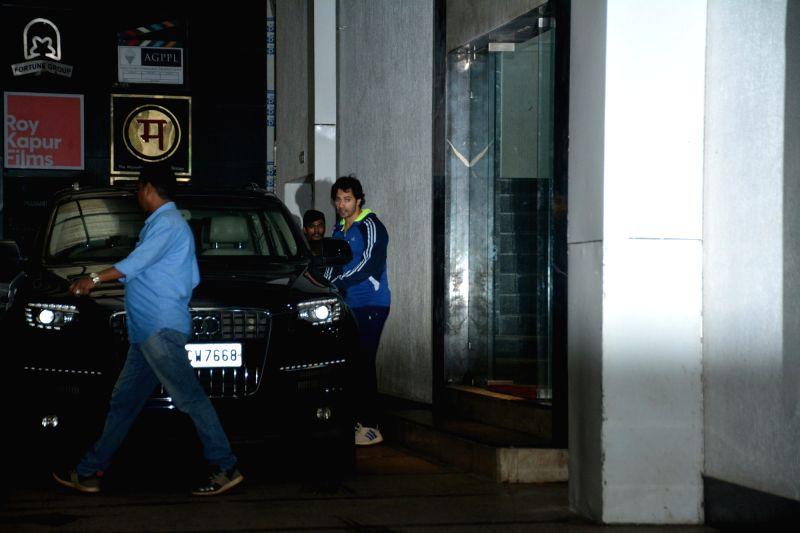 Actor Varun Dhawan seen at Mumbai's Bandra in Mumbai on July 11, 2018 - Varun Dhawan