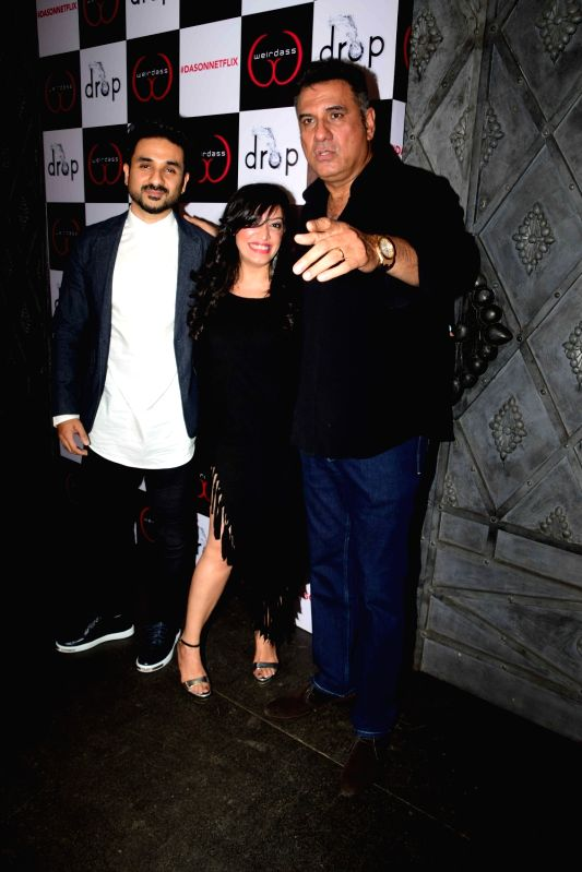 Actor Vir Das with his wife Shivani Mathur and actor Boman Irani during the success of his show Netflix Abroad Understanding in Mumbai on May 2, 2017. - Vir Das and Boman Irani