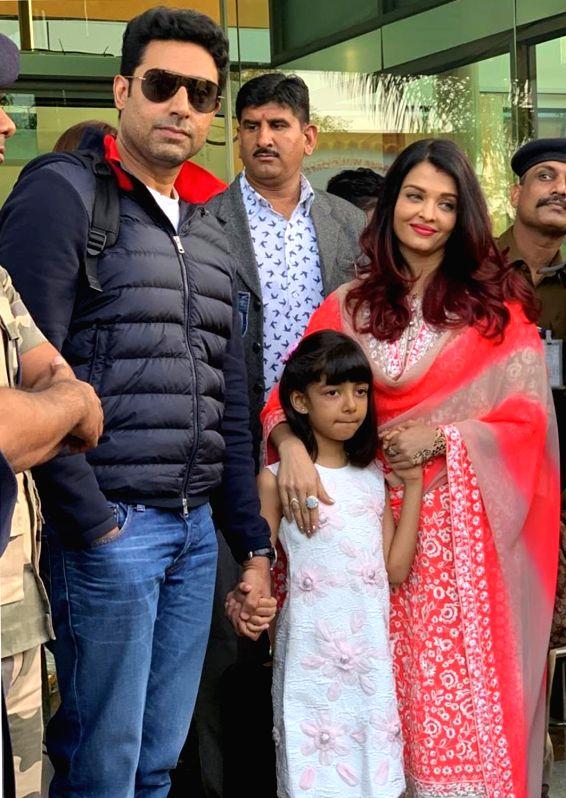 Actors Abhishek Bachchan and Aishwarya Rai Bachchan with their daughter Aaradhya.