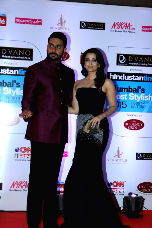 Actors Aishwarya Rai Bachchan and Abhishek Bachchan during the Hindustan Times Mumbai`s Most Stylish 2015 Awards in Mumbai, on March 26, 2015. - Aishwarya Rai Bachchan and Abhishek Bachchan