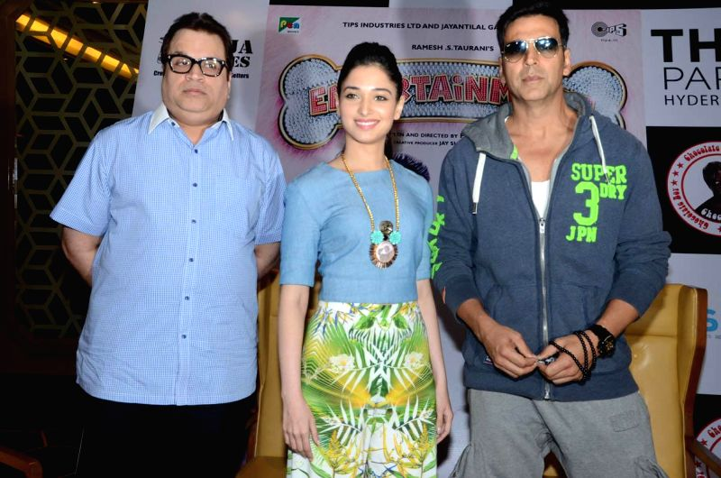 Actors Akshay Kumar and Tamanna during their film `Entertainment` promotional press meet in Hyderabad on Aug 4, 2014. - Akshay Kumar and Tamanna