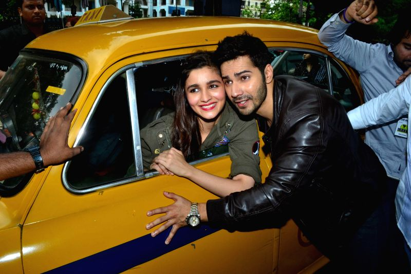 Actors Alia Bhatt and Varun Dhawan during a press conference to promote their upcoming film 'Humpty Sharma Ki Dulhania' in Kolkata on July 1, 2014. - Alia Bhatt and Varun Dhawan