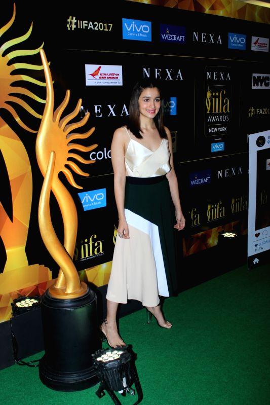 Actors Alia Bhatt during the press conference of 18th International Indian Film Academy (IIFA) awards in Mumbai on June 1, 2017. - Alia Bhatt