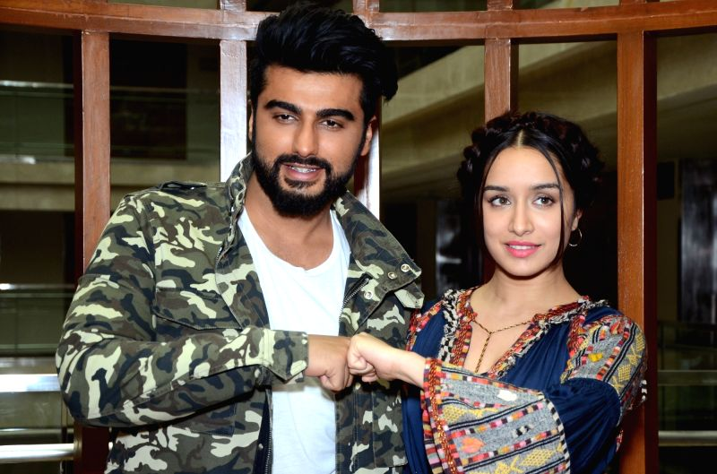 "Actors Arjun Kapoor and Shraddha Kapoor a press conference to promote their upcoming film ""Half Girlfriend"" in Jaipur on May 13, 2017. - Arjun Kapoor and Shraddha Kapoor"