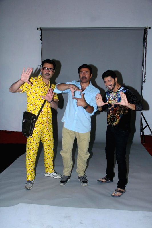 "Poster Boys"" promotions - Bobby Deol, Sunny Deol and Shreyas Talpade - Bobby Deol, Sunny Deol and Shreyas Talpade"