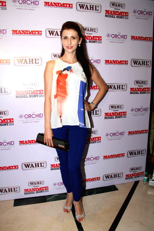 Actors Claudia and Sasha Agha during the Wahl Mandate Male Model Hunt 2014, in Mumbai, on Aug. 24, 2014. - Claudia and Sasha Agha