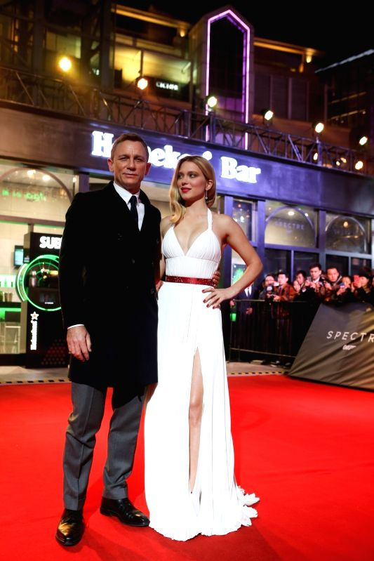 Actors Daniel Craig and Lea Seydoux during the red carpet of the movie `Spectre` of the James Bond saga in Beijing on Nov. 12, 2015. - Daniel Craig and Lea Seydoux