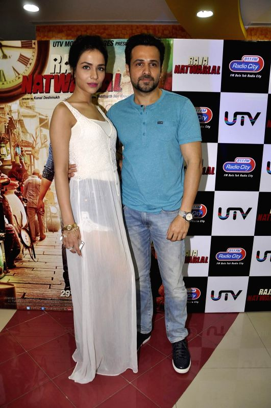 Actors Emraan Hashmi and Humaima Malik during the launch of song Kal They Mile from their film Raja Natwarlal in Mumbai on July 30, 2014. - Emraan Hashmi and Humaima Malik