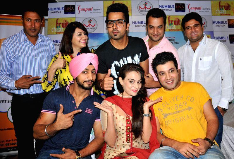 Actors Hardy Sandhu, Varun Sharma, Anil Juneja and filmmaker Abhay Baiju Chhabra during a press conference to promote upcoming film `Yaaran DA Katchup` in Amritsar on July 11, 2014. - Hardy Sandhu, Varun Sharma and Anil Juneja