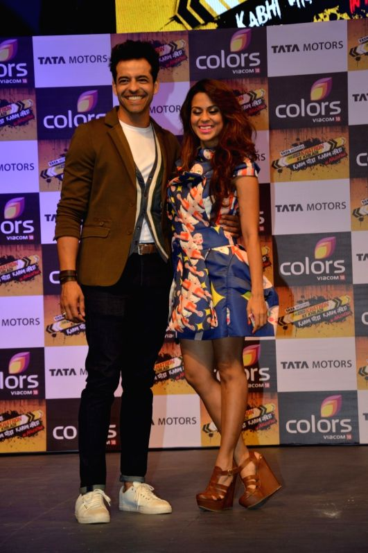 Actors Himmanshoo Malhotra and Sana Saeed during the launch of Colors TV show Khatron Ke Khiladi: Kabhi Peeda, Kabhi Keeda in Mumbai on Oct 29, 2015. - Himmanshoo Malhotra and Sana Saeed