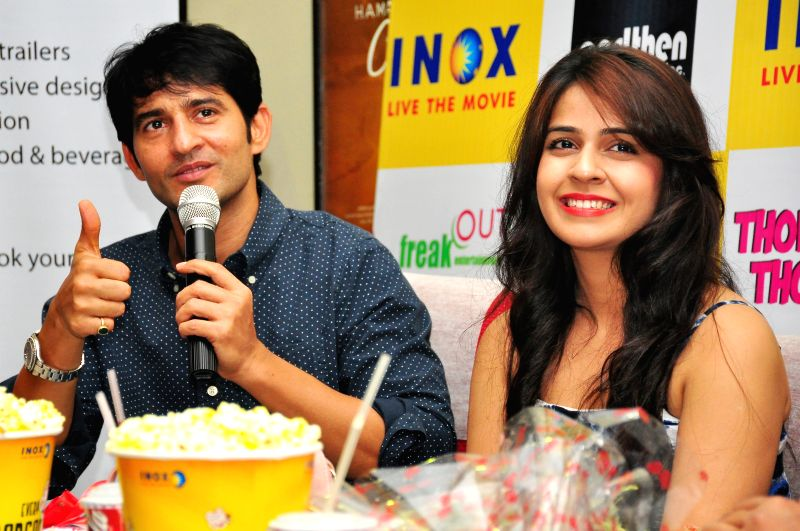Actors Hiten Tejwani and Neha Pawar during a press conference to promote their upcoming film `Thoda Lutf Thoda Ishq` in Jaipur on June 24, 2015. - Hiten Tejwani and Neha Pawar