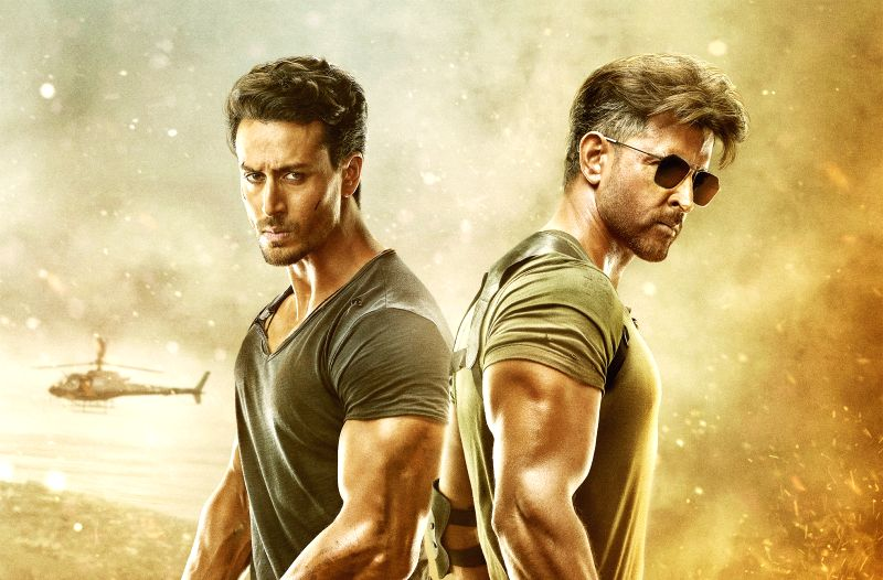 Actors Hrithik Roshan and Tiger Shroff.
