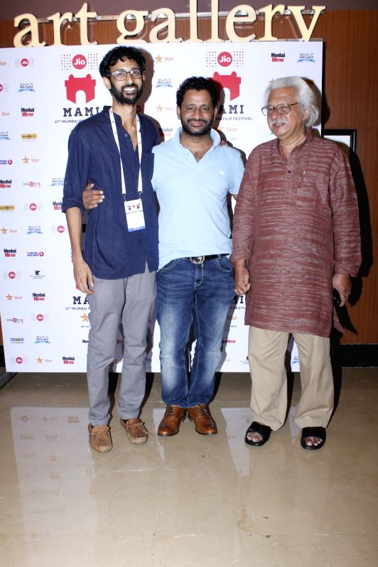 Actors Irrfan Khan, Bollywood film sound designer, sound editor and mixer Resul Pookutty, Malayalam filmmaker Adoor Gopalakrishnan and Filmmaker Raam Reddy, during the premier of Kannada ... - Raam Reddy, Irrfan Khan and Bollywood
