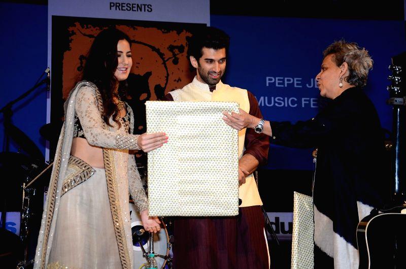 Actors Katrina Kaif and Aditya Roy Kapur during the closing ceremony of Kala Ghoda Arts Festival in Mumbai, on Feb 14, 2016. - Katrina Kaif and Aditya Roy Kapur