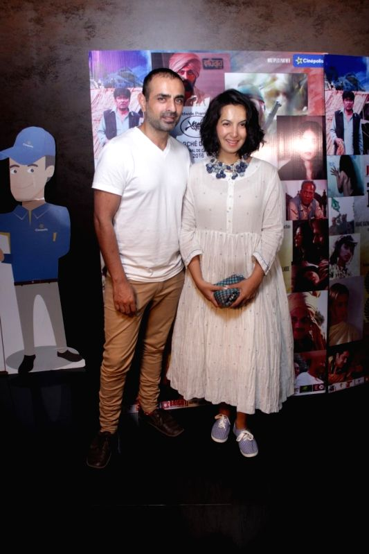 Actors Mayank Anand and Shraddha Nigam during the screening of film Mantostaan in Mumbai on April 20, 2017. - Mayank Anand and Shraddha Nigam