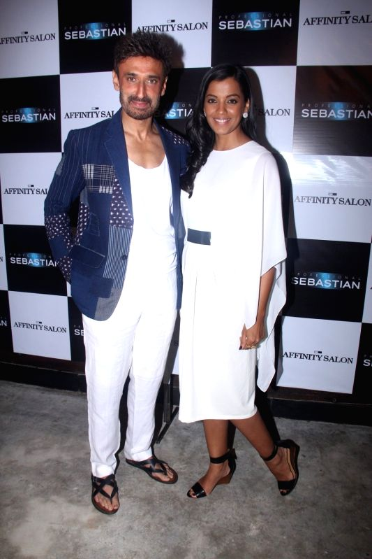 Actors Mugdha Godse and Rahul Dev during the launch of Affinity Salon, in Mumbai on May 24, 2016. - Mugdha Godse and Rahul Dev