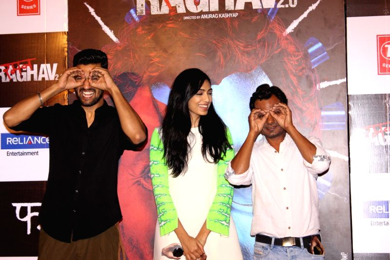 Actors Nawazuddin Siddiqui, Vicky Kaushal and Sobhita Dhuliwala during the trailer launch of film Raman Raghav 2.0 in Mumbai, on May 10, 2016. - Nawazuddin Siddiqui, Vicky Kaushal and Sobhita Dhuliwala