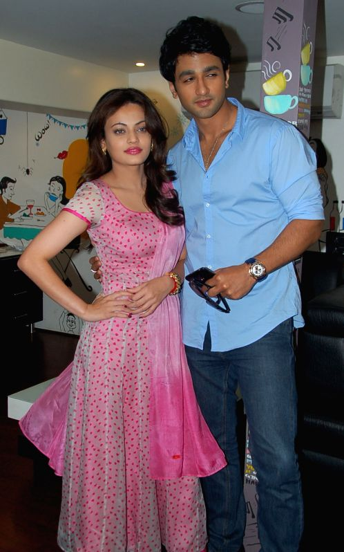 Actors Nishant Malkani and Sneha Ulal during the promotion of their upcoming film ``Bezubaan Ishq`` in Surat on July 2, 2015. - Nishant Malkani and Sneha Ulal