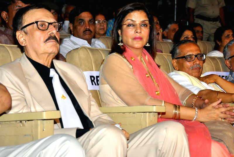 Actors Parikshat Sahni and Zeenat Aman during a programme at Birla Auditorium in Jaipur on June 23, 2014.