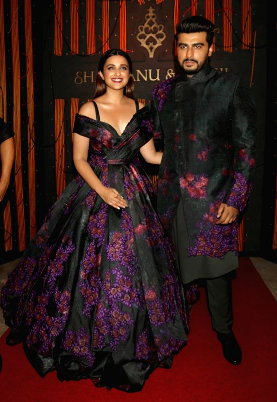 "Actors Parineeti Chopra and Arjun Kapoor at fashion designer Shantanu-Nikhil's show - ""Independence"" where their Autumn-Winter 2018 couture collection was showcased, in New Delhi ... - Parineeti Chopra and Arjun Kapoor"