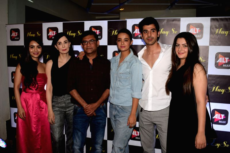 "Actors Parul Gulati, Aanchal Sharma, Rukhsar Rehman, Surveen Chawla, Pavail Gulati and director Ken Ghosh at the special screening of web series ""Haq Se"" in Mumbai on Jan 30, 2018. - Ken Ghosh, Parul Gulati, Aanchal Sharma, Rukhsar Rehman, Surveen Chawla and Pavail Gulati"