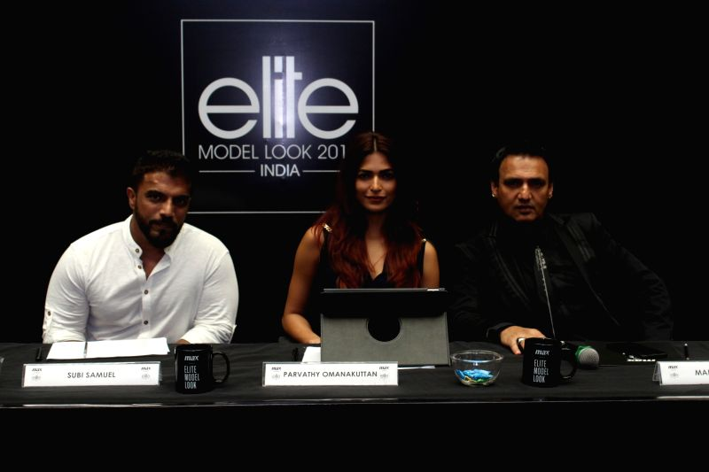 Actors Parvathy Omanakuttan and Marc Robinson along with photographer Subi Samuel during the auditions Of Elite Model Look India 2017 in Mumbai on Aug 12, 2017. - Look India, Parvathy Omanakuttan and Marc Robinson