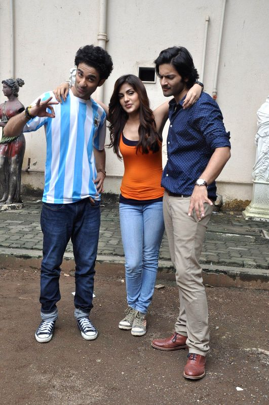 Actors Raghav Juyal, Ali Faisal and Rhea Chakraborty during the photo shoot of film Sonali Cable at Mehboob studio in Mumbai, on August 1, 2014. - Raghav Juyal, Ali Faisal and Rhea Chakraborty