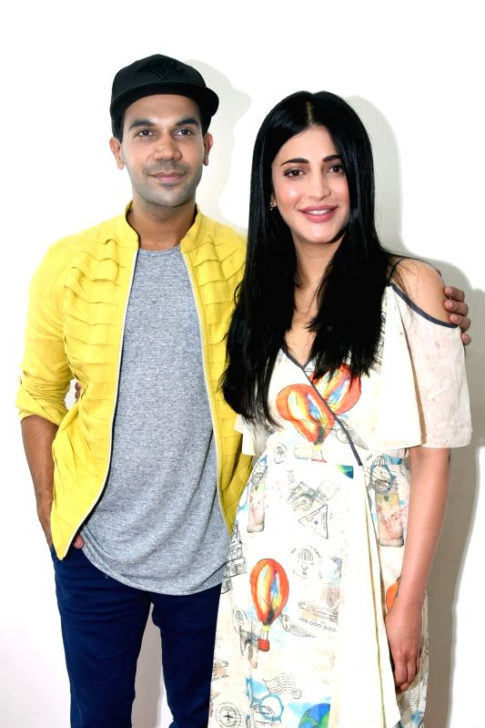 Actors Rajkummar Rao and Shruti Haasan during promotions of their forthcoming film `Behen Hogi Teri` in New Delhi, on June 1, 2017. - Rajkummar Rao and Shruti Haasan