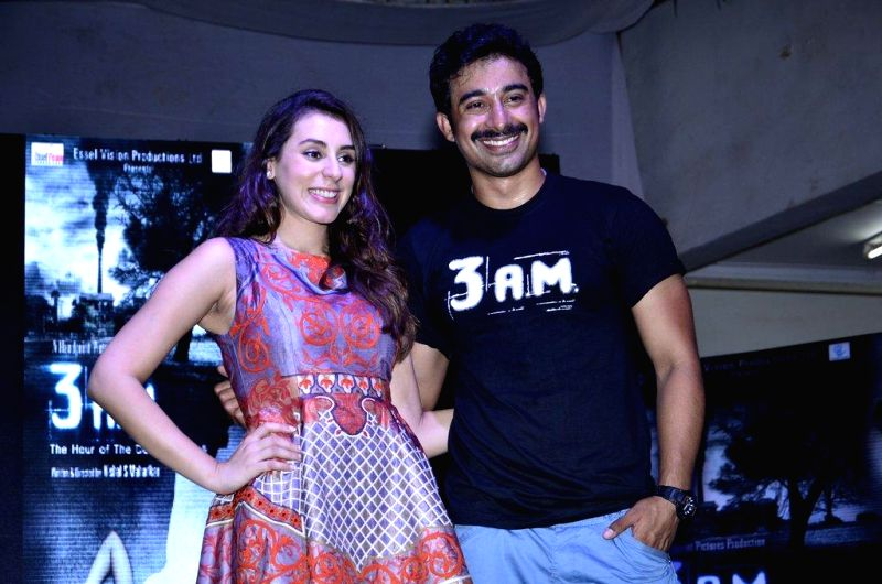 Actors Rannvijay Singh and Anindita Roy during the trailer launch of film 3 AM at Poddar College in Mumbai, on August 8, 2014. - Rannvijay Singh and Anindita Roy