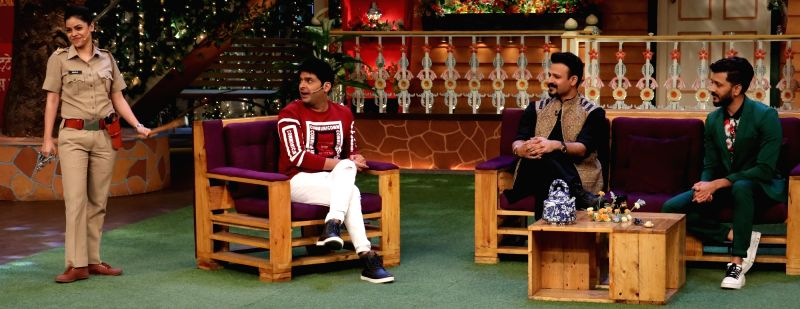 Actors Riteish Deshmukh , Vivek Oberoi ,comedian Sumona Chakravarti  and Kapil Sharma during the promotion of film Bank Chor on the sets of The Kapil Sharma Show in Mumbai, on June 8, 2017. - Riteish Deshmukh and Kapil Sharma