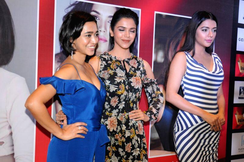 Actors Sayani Gupta, Shriya Pilgaonkar and Ruhi Singh during the jury meet of 13th Gemfields Retail Jeweller India Awards in Mumbai on June 3, 2017. - Sayani Gupta, Shriya Pilgaonkar and Ruhi Singh