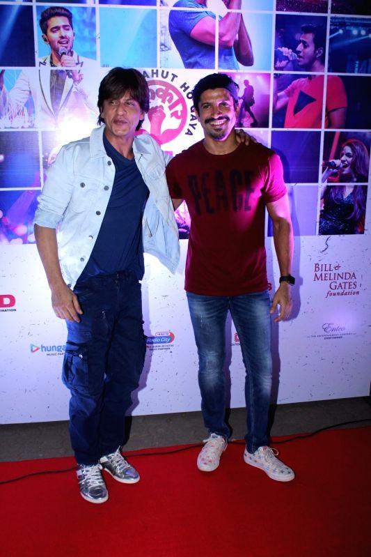 Lalkaar concert - Shah Rukh Khan and Farhan Akhtar - Shah Rukh Khan and Farhan Akhtar
