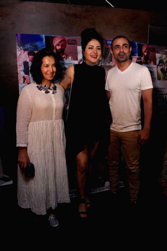 Actors Shraddha Nigam, Sonal Sehgal and Mayank Anand during the screening of film Mantostaan in Mumbai on April 20, 2017. - Shraddha Nigam, Sonal Sehgal and Mayank Anand