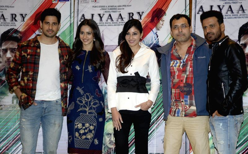 Actors Sidharth Malhotra, Rakul Preet Singh, Pooja Chopra and Manoj Bajpayee during the promotions of their upcoming film 'Aiyaary' on Jan 27, 2018. - Sidharth Malhotra, Rakul Preet Singh, Pooja Chopra and Manoj Bajpayee