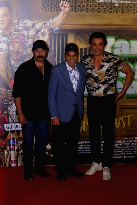 "Actors Sunny Deol, Dharmendra and Bobby Deol at the trailer launch of their upcoming film ""Yamla Pagla Deewana Phir Se"" in Mumbai on Aug 10, 2018. - Sunny Deol, Dharmendra and Bobby Deol"